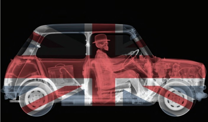 Nick Veasey, Union Jack Mini Driver, 2014.C-Type Print Mounted on Plexi, Edition 3 118 × 70 in or 299.75 × 177.8 cm. Edition 9 79 × 47 in or 200.66 × 119.38 cm. Edition 25 47 × 27,5 in or 119.38 × 69.85 cm.