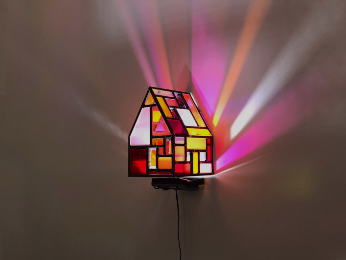 Tom Fruin, Fun House 1 Scale Model Studies, 2018. Steel, plexi, LED light, Unique work, 13.5 × 9.5 x 9.5 in or 34 × 24 x 24 cm.